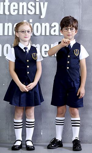 艾咪天使 童装校服套装 英伦风马夹三件套装