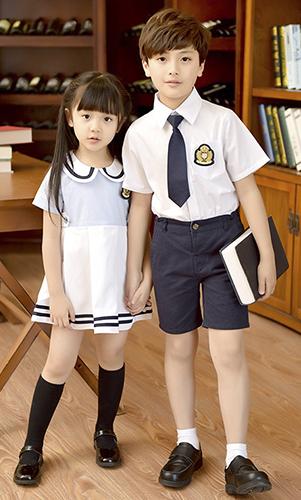 日系中小学 幼儿园 高端校服 班服  看样 来样定制