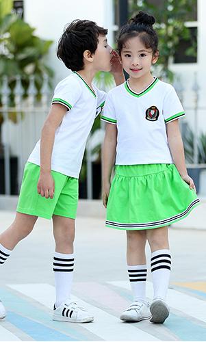 青春活力学生校服套装 初夏儿童园服